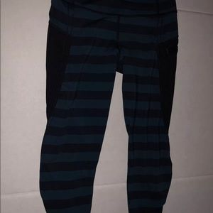 Lululemon run 4 your life crops size 4 striped